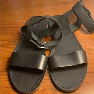 NWOB Madewell Black leather ankle sandals